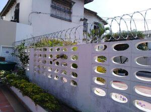 2. Cerramiento en concertina residencial 2 6