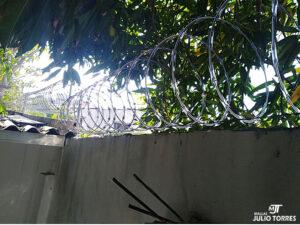 2. Cerramiento en concertina residencial scaled 1
