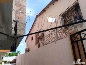 2. cerramiento en concertina residencial1 scaled 1