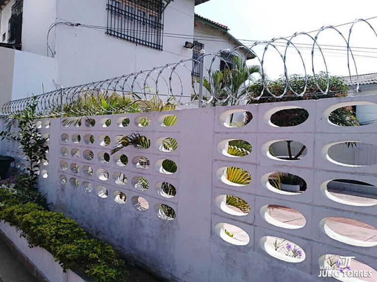 1. Cerramiento en concertina residencial 2 6 scaled 1