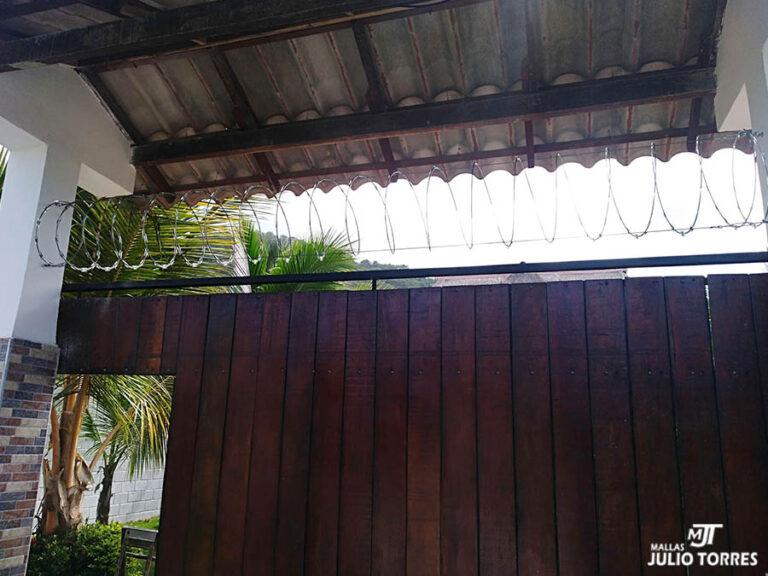 2. Cerramiento en concertina residencial 2 3 scaled 1