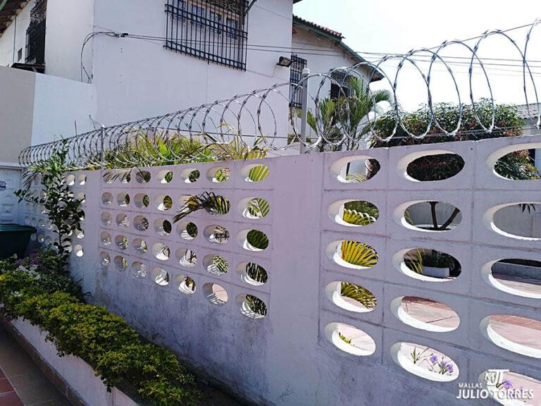 2. Cerramiento en concertina residencial 2 6 scaled 1