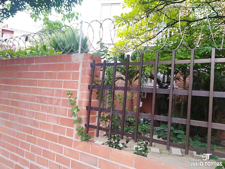 2. Cerramiento en concertina residencial 7 scaled 1