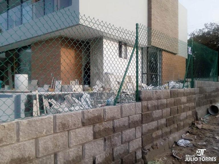 2. Cerramiento en mallas ciclon residencial